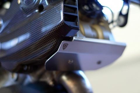 Ducati ハイパーモタード 821 クランクケースプロテクター