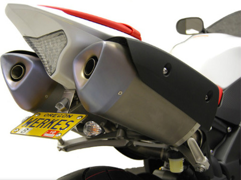 Competition Werkes フェンダーレス YZF-R1