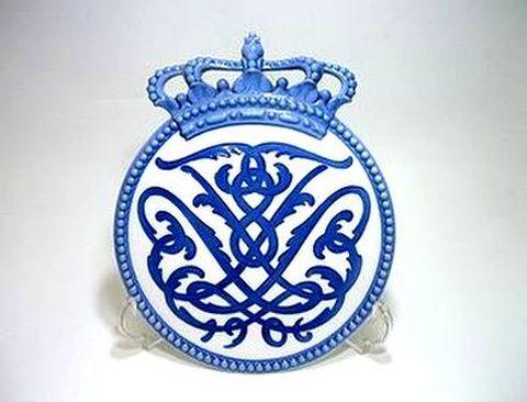 ロイヤルコペンハーゲン・メモリアル 1906王冠No.60 H23cm  20%Off