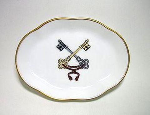 リチャードジノリ・ジュビレオコレクション 12cm楕円小皿教皇紋章・鍵25%Off