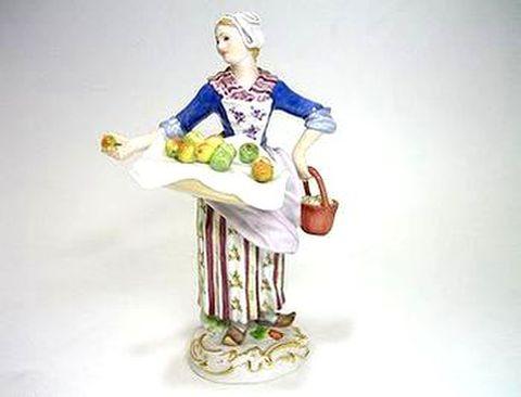 マイセン 【フィギュリン】  パリの行商人 果物売り娘  H14cm 30%Off
