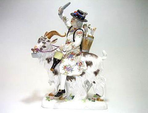 マイセン 【フィギュリン】  ヴィルトシャフテン 山羊に乗った仕立て屋さん  H21.5cm 20%Off
