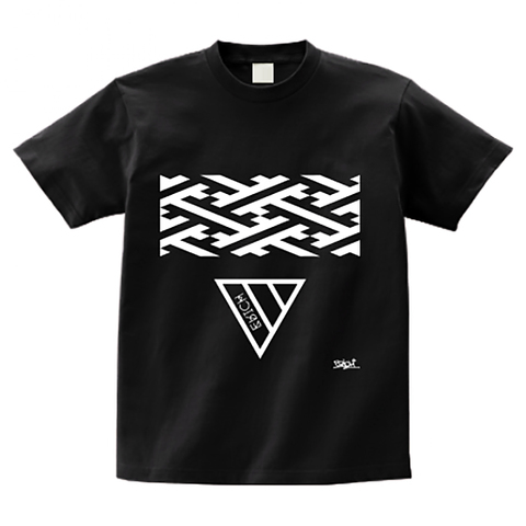 GEOMETRY TRIANGLE T-SHIRT BLACK
