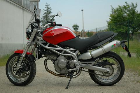 QD Exhaust Morini 9 マフラー