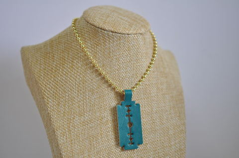 Lightblue razor blade leather necklace ライトブルー剃刀革ネックレス