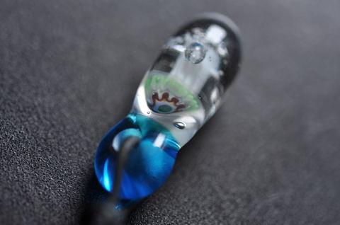 ガラスくらげネックレス