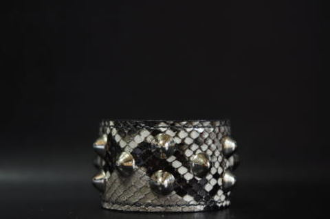 1×2 Row Conical studs Snake leather Wristband