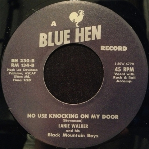 "LANIE WALKER / NO USE KNOCKING ON MY DOOR (7"")"