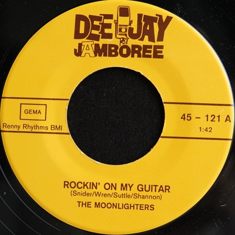 "MOONLIGHTERS / ROCKIN' ON MY GUITAR (7"")"