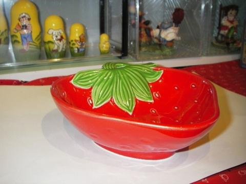 ストロベリー 皿(L) S-11