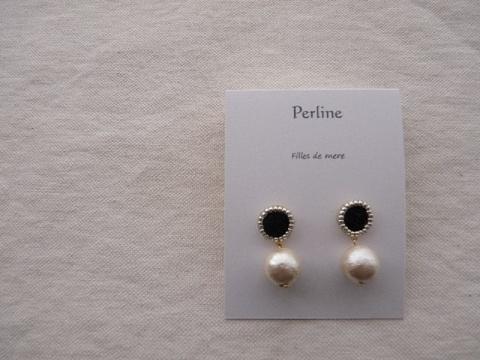 【Perline】black embroidery × cotton-pearl(M) pierce