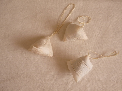 【Madre】white rose sachet