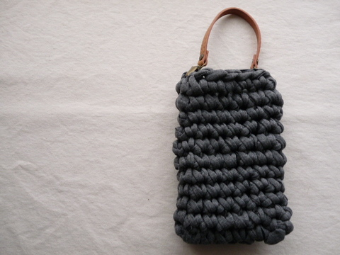 【Madre】smart-phone bag(gray)