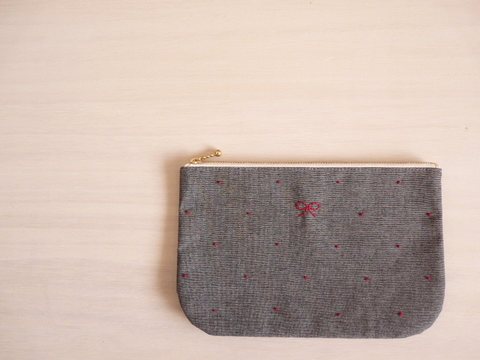 【Fioretto】ribbon&dot pouch L (dungaree×red)