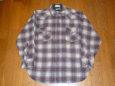PENDLETONのウールシャツ(ウエスタン)