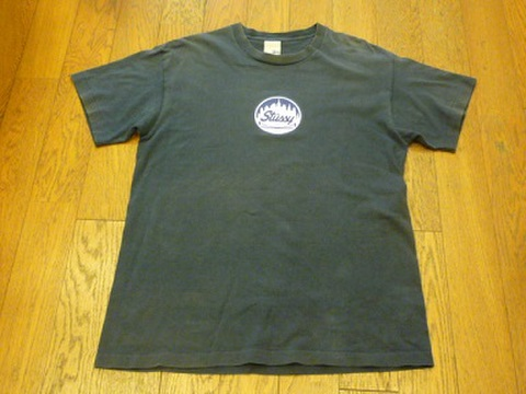 StussyのTシャツ