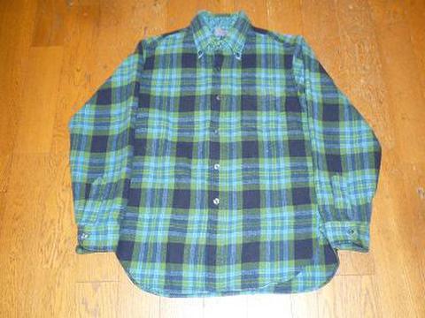 PENDLETONのウールシャツ(ボタンダウン)