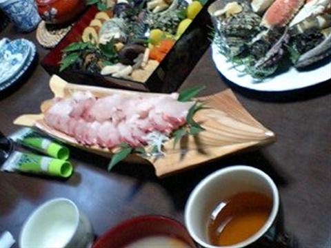 イカ生き造り盛り皿(モミ)