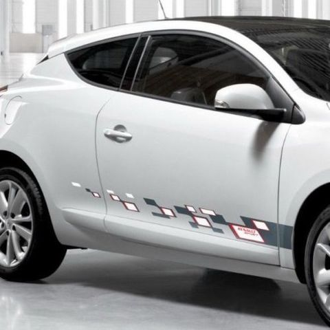 グラフィック デカール ステッカー 車体用 / ルノー メガーヌ 2008-2016 / サイドストライプグラフィックデカールステッカー