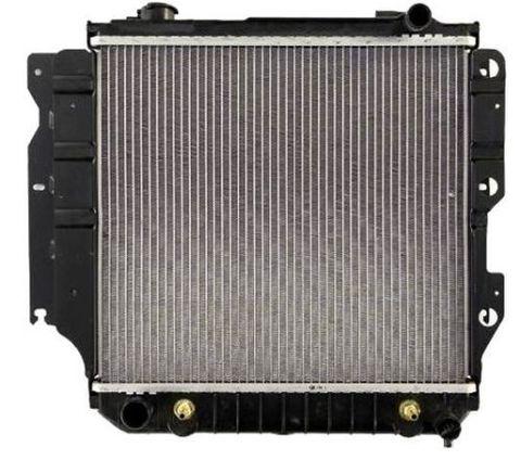 ジープ ラングラー 2.4 2.5 L4 4.0 L6 ラジエター  Radiator1682/CSF 2576