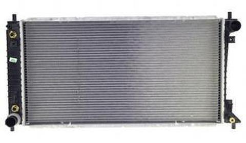リンカーンナビゲーター 99-02 社外純正仕様ラジエター   TYC 2589