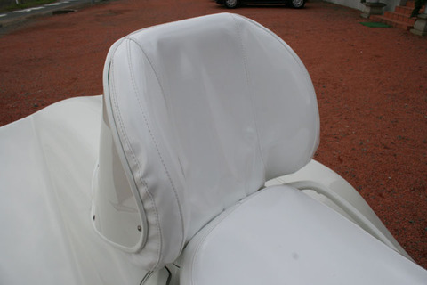 ゴードン製 スカイウェイブ650トライク用 バケットシート