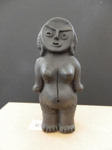 裸婦土偶 小
