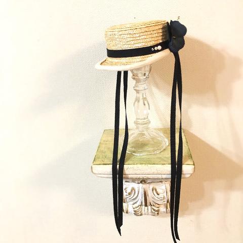◆完売しました◆キャスケット 黒ロングリボン&染布花