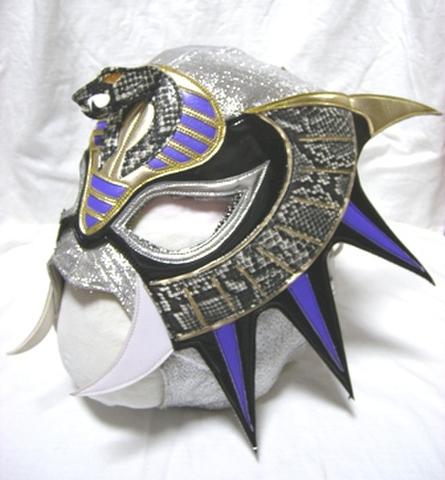 セルピエンテ使用済みマスク