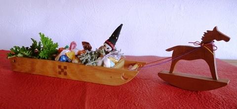 ソリデザインペン皿と飾り馬セット