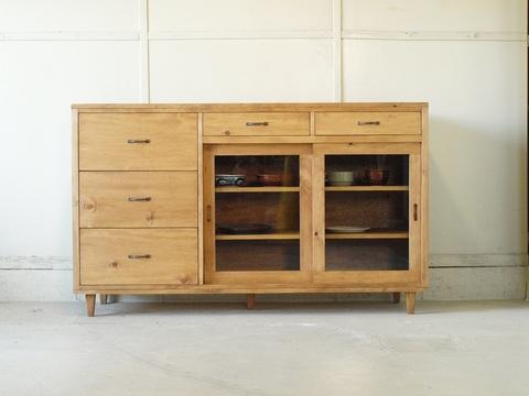 サイドボード003 150×90×40 無垢 棚移動可 食器棚 キッチンボード ガラス扉引き戸