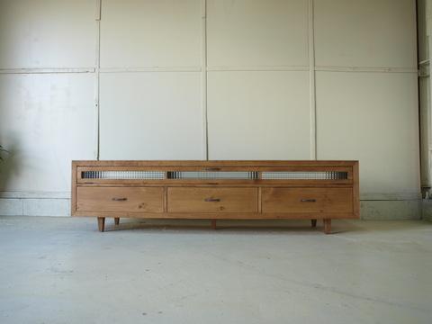 テレビボード013W180L 180×46×45 無垢 チェッカーガラス扉 引き出しハイタイプ 真鍮取っ手