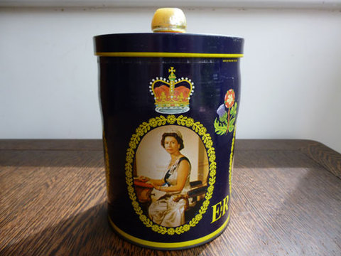 エリザベス女王即位25周年記念 Tin缶