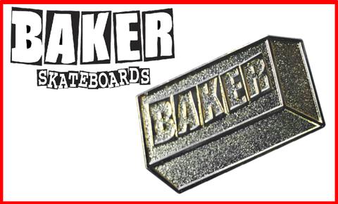 【BAKER】24KARAT LAPEL PIN ピンバッジ
