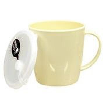フタ付きマグカップ ベージュ