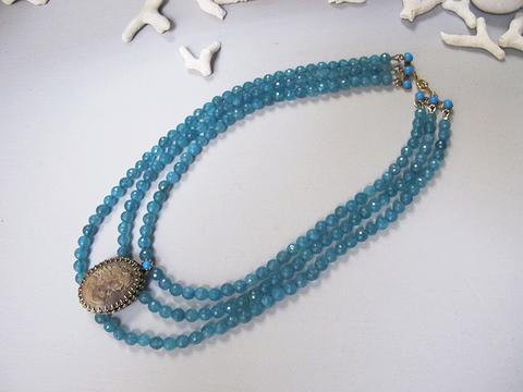 バッカスカメオ+青翡翠のネックレス