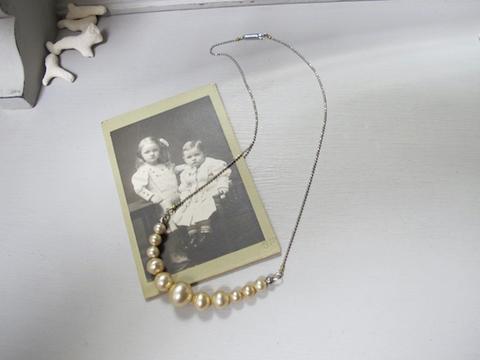 ガラスパールのグラデーションネックレス 各