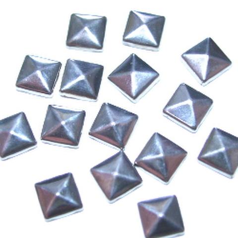 ホットフィックス・ピラミッド5ミリ(シルバー)