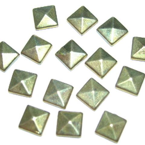 ★ホットフィックス・ピラミッド5ミリ(ゴールド)★ただいま1パックのご注文でプラス1パックサービス☆彡
