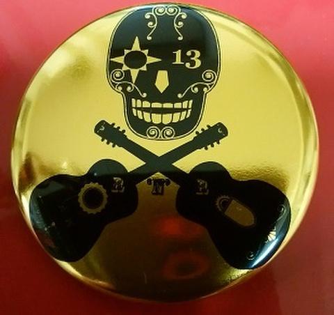 ダブルギター GOLD METAL BADGE (直径57mm)