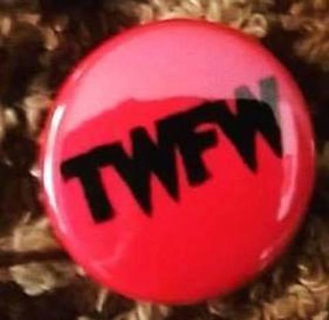 【新色】TWFW PINK  BADGE 小 (直径25mm)