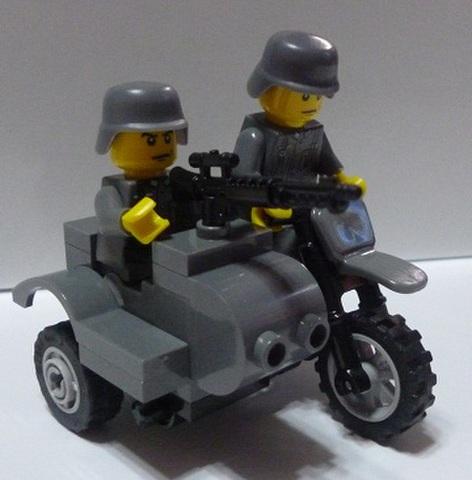 ドイツ軍陸軍・親衛隊軍用バイク(サイドカー付き)