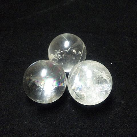 レインボー入り透明水晶玉35mm