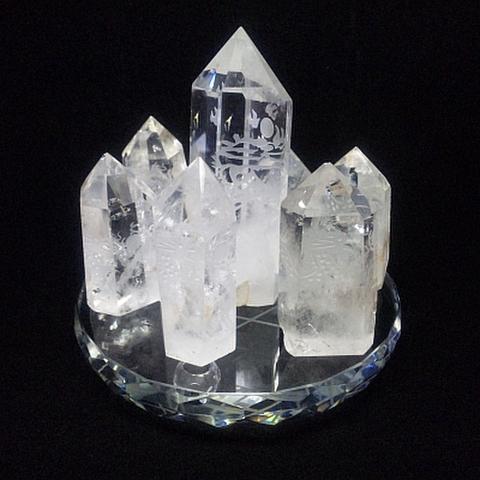 七星陣透明水晶柱龍彫刻