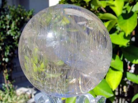 プラチナ針入りルチル水晶玉90mm