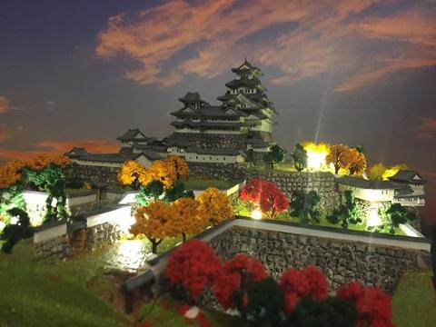 姫路城1/500  A4サイズ 天守のジオラマ 完成品