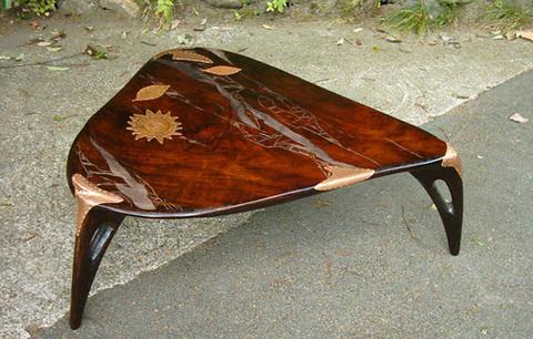 拭き漆流水図栃銅飾りテーブル/訳あり品