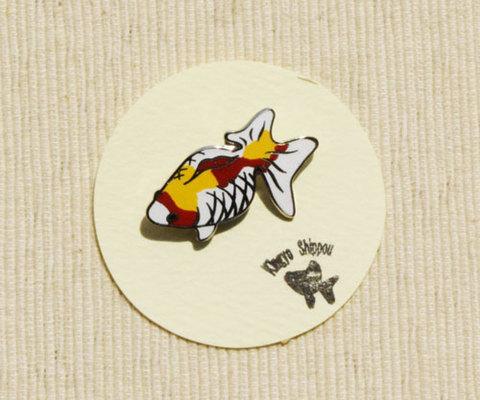 メタル七宝 ピンブローチ 3色B『見上げる金魚』