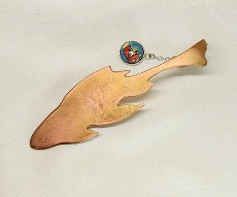栞 大 鉄魚