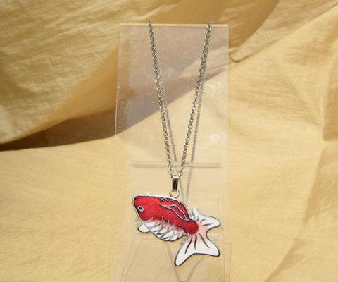 金魚ペンダント 赤透と白 更紗